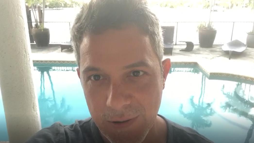 Alejandro Sanz manda saludos a sus fans peruanos