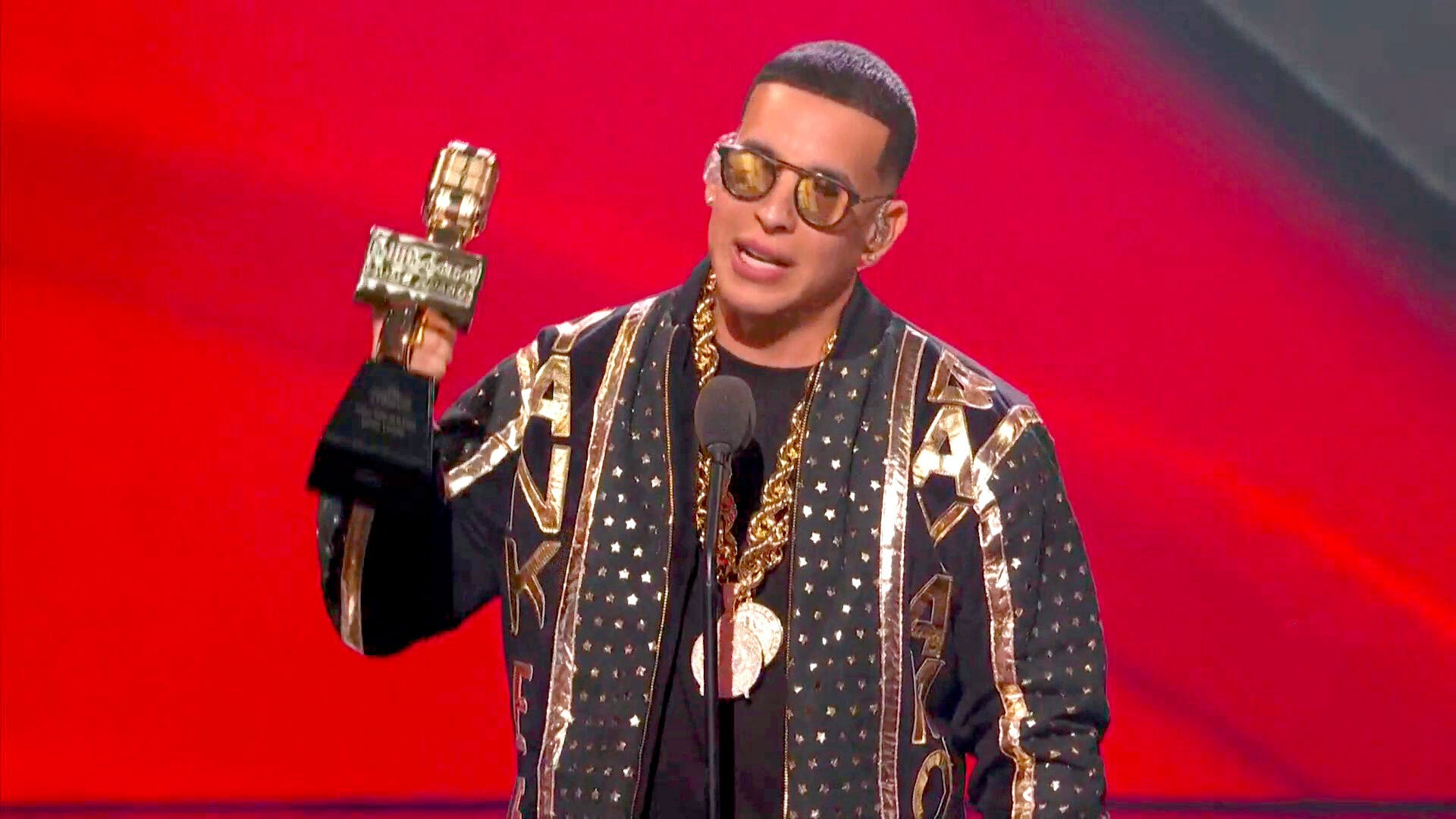 Daddy Yankee se retira de la música [VIDEO]